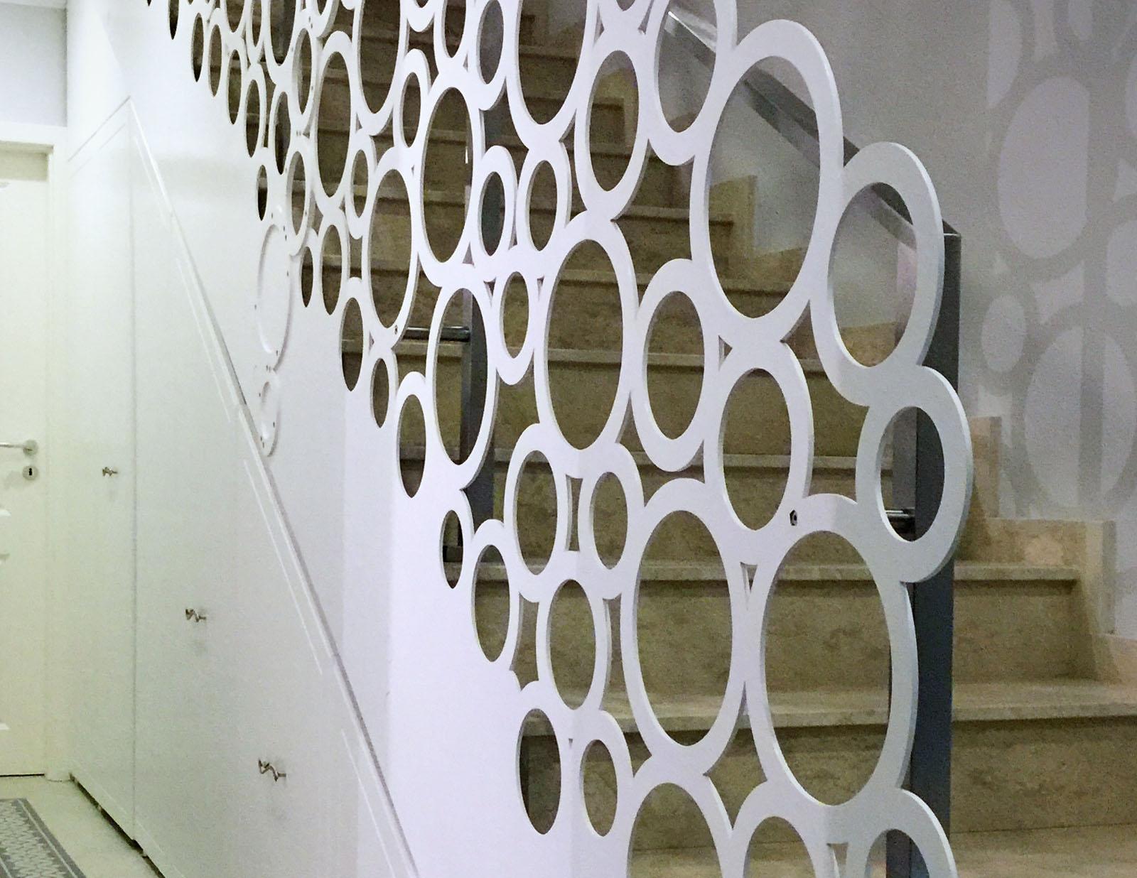 Scara interioara adela parvu balustrada otel haute couture