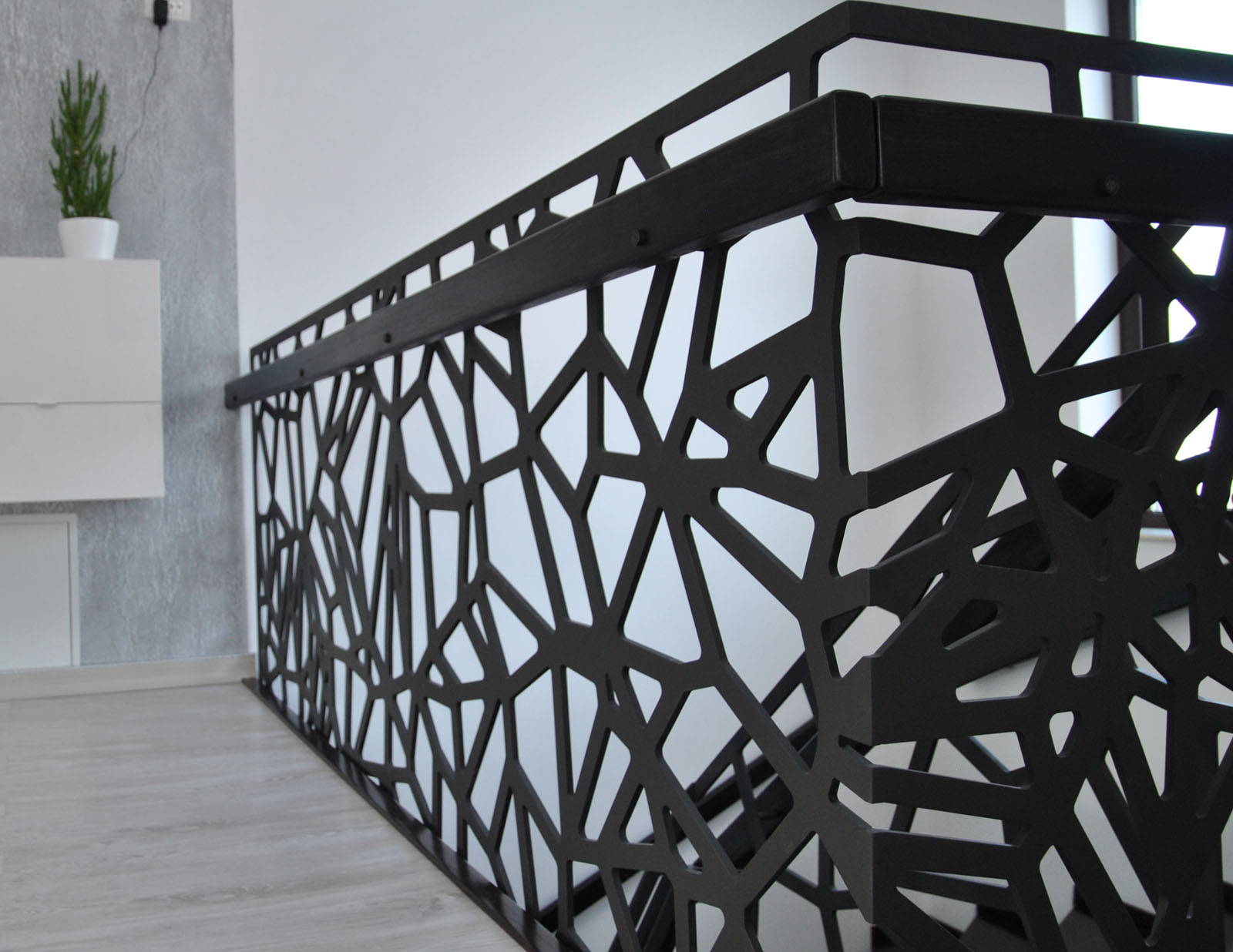 Balustrada metal debitata laser voronoi haute couture