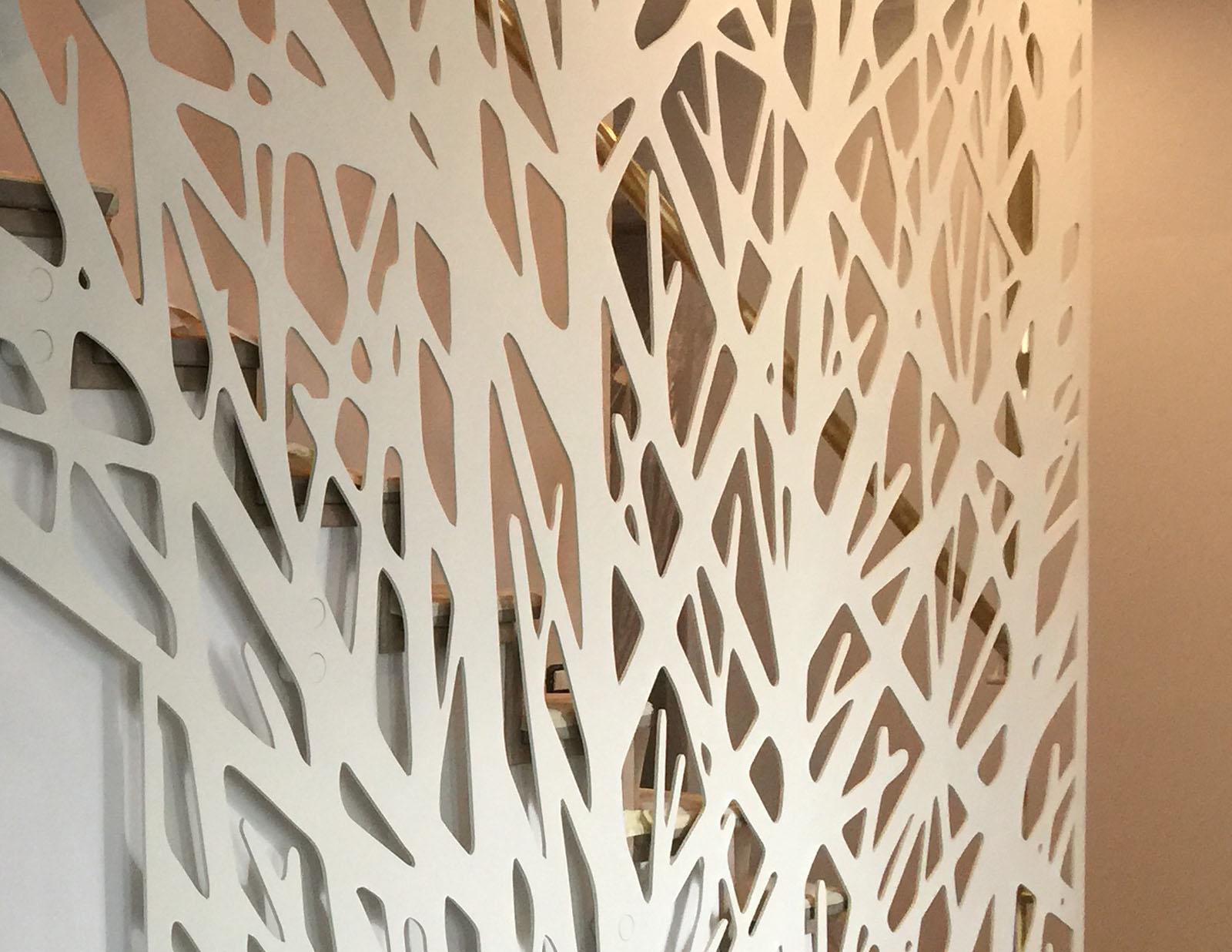 Separator scara interioara debitat laser metal haute couture