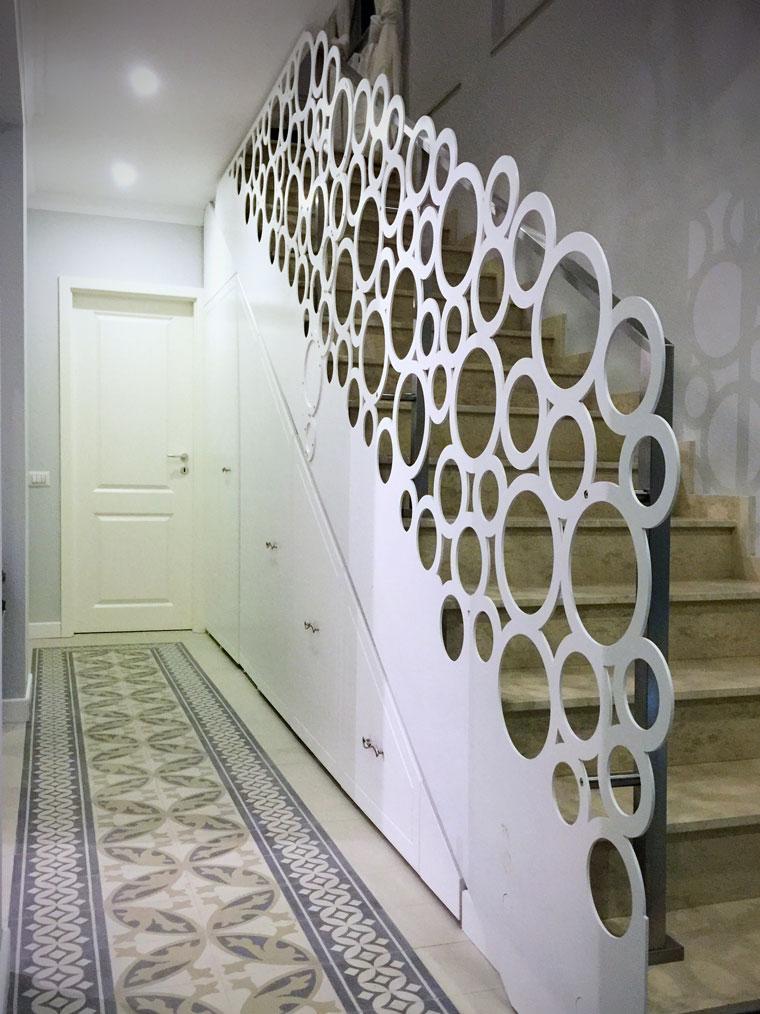 Scara locuinta adela parvu balustrada debitata laser haute couture metal