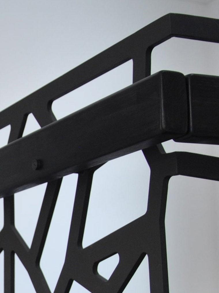 Balustrada debitata laser mana curenta lemn haute couture metal