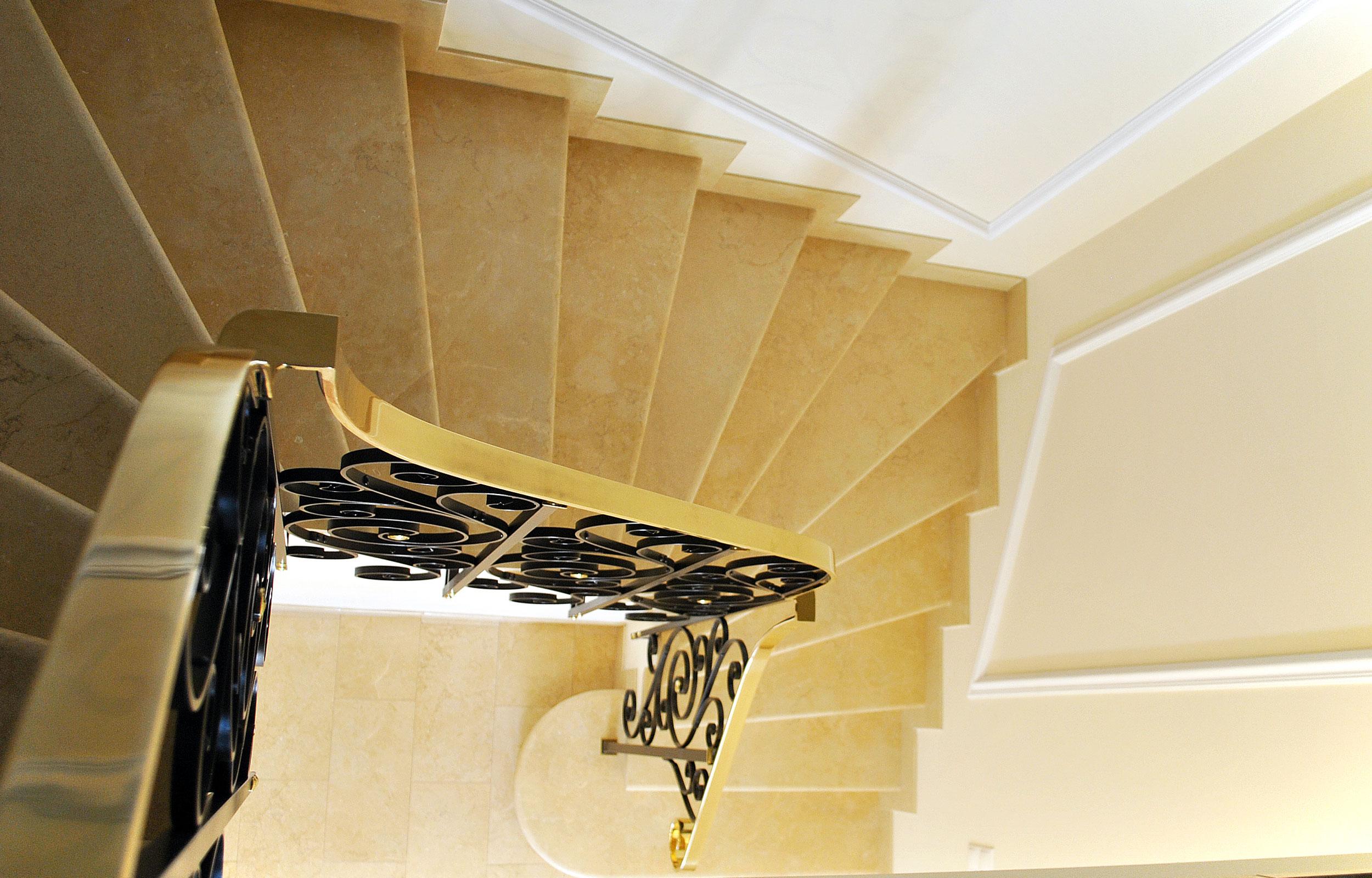 Scara interioara fier forjat balustrada marmura haute couture clasic