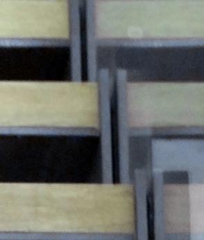 Scara interior locuinta lemn balustrada sticla fabrica arhitectura