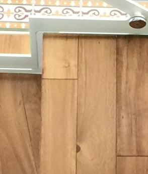 Scara interioara lemn balustrada otel decupata laser