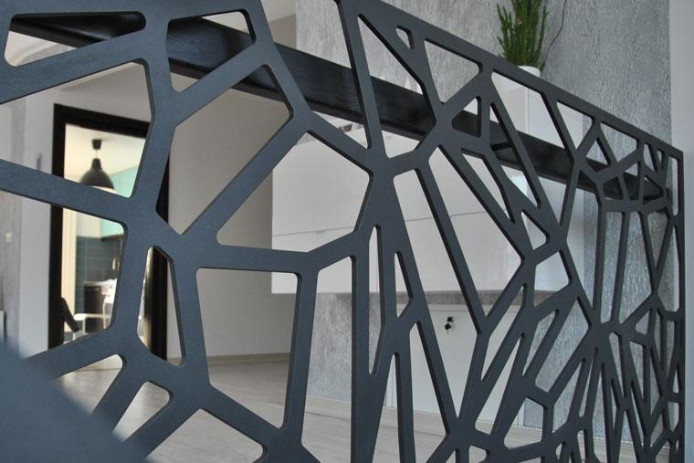 Balustrada laser cut cnc mana curenta lemn