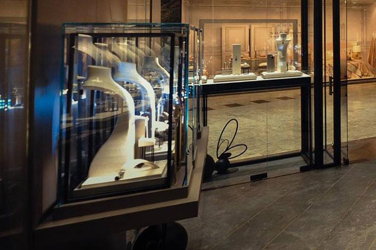 Teilor exclusive vitrine bijuterii metal sticla haute couture
