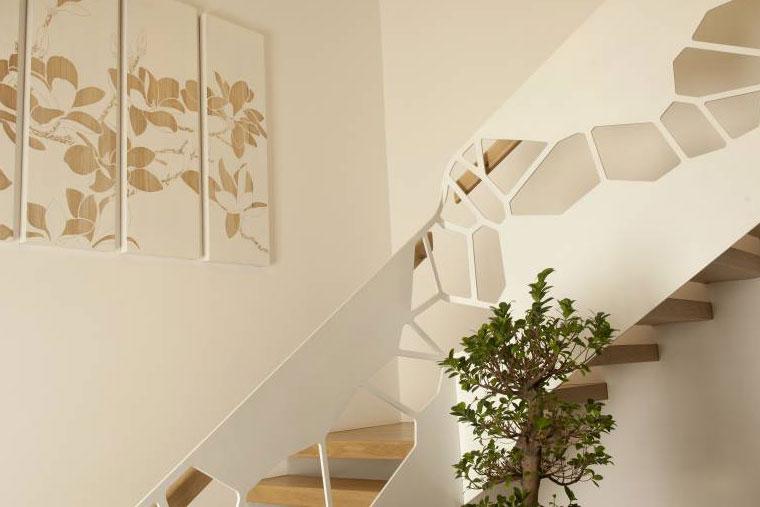 Scara trepte lemn balustrada metal haute couture